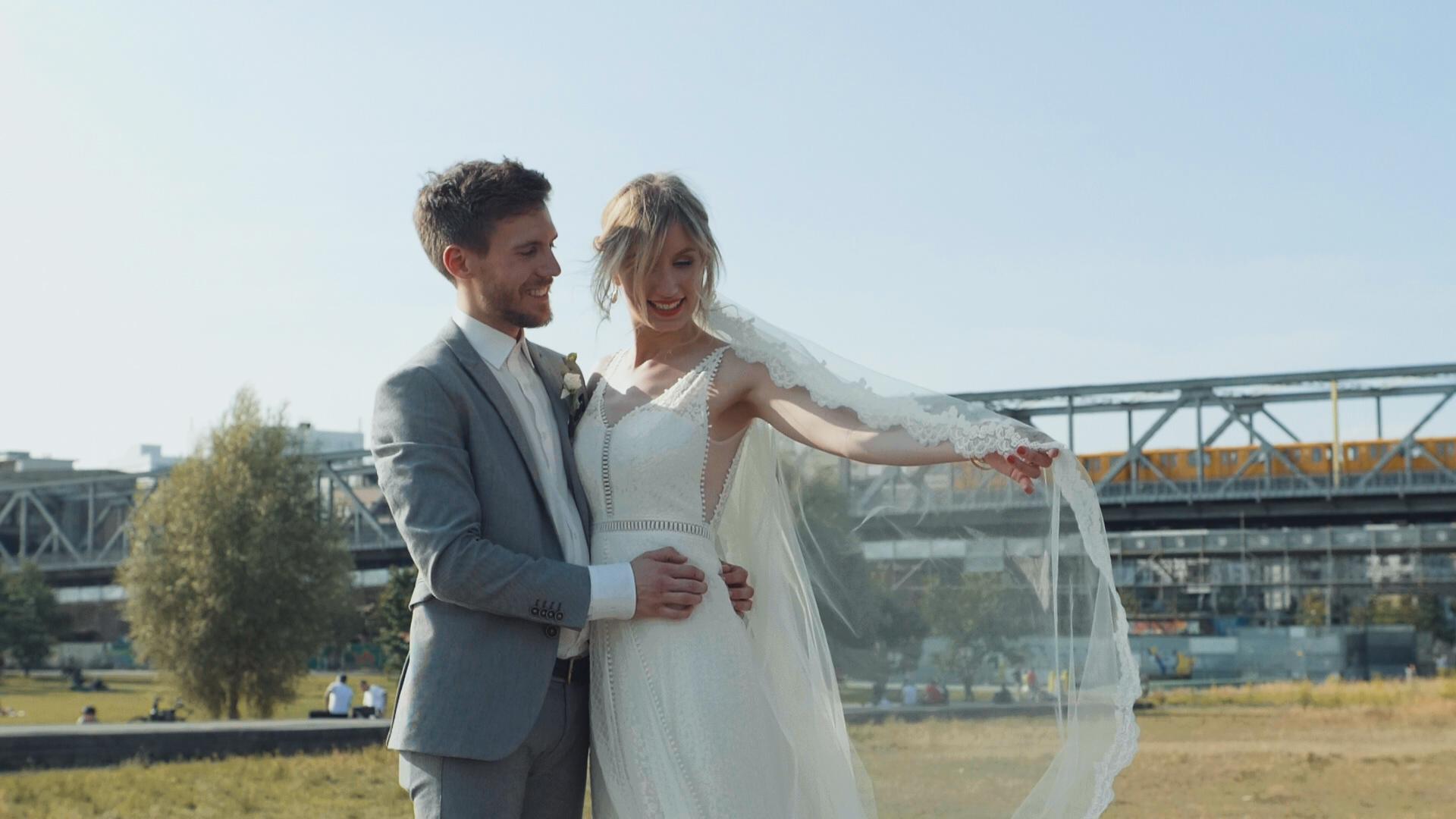 D&E-Wedding_Screens (6)